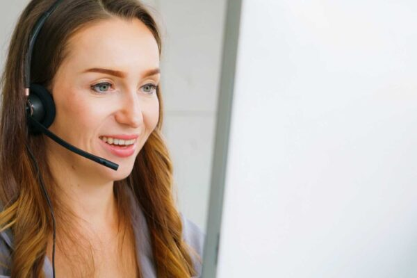 5 Proven Ways to Improve Sales Reps' Comfort With Virtual Selling